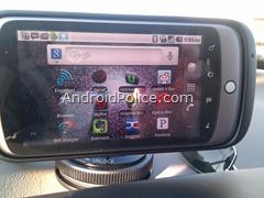 2.2 desktop rotates when in car dock