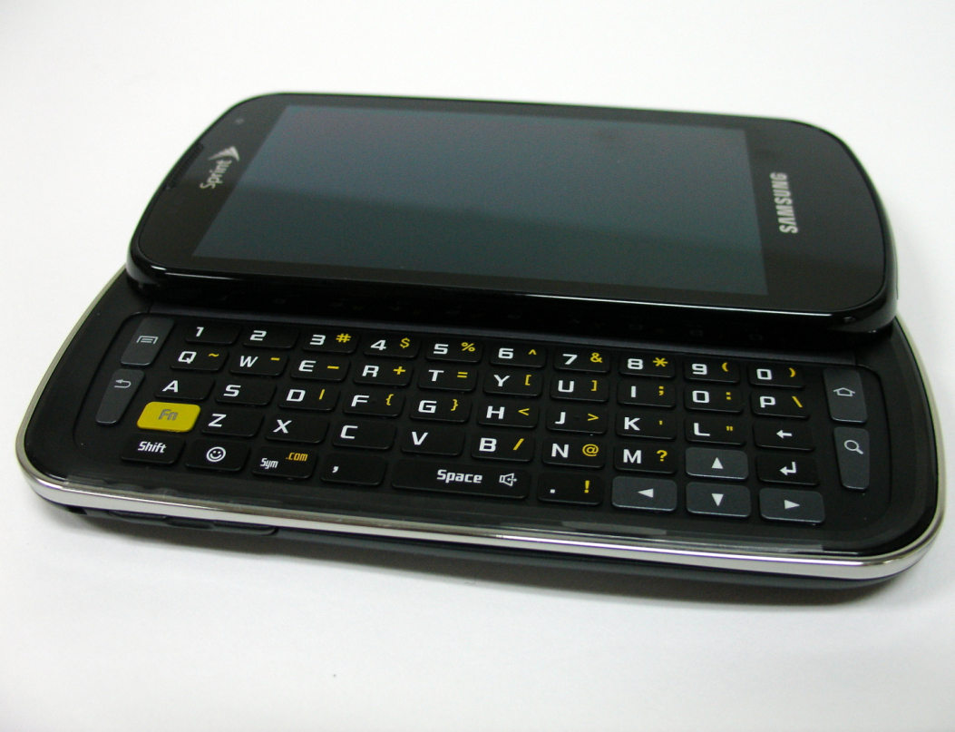 Big green robot hands on review of sprint s samsung epic 4g for Epic cell phone