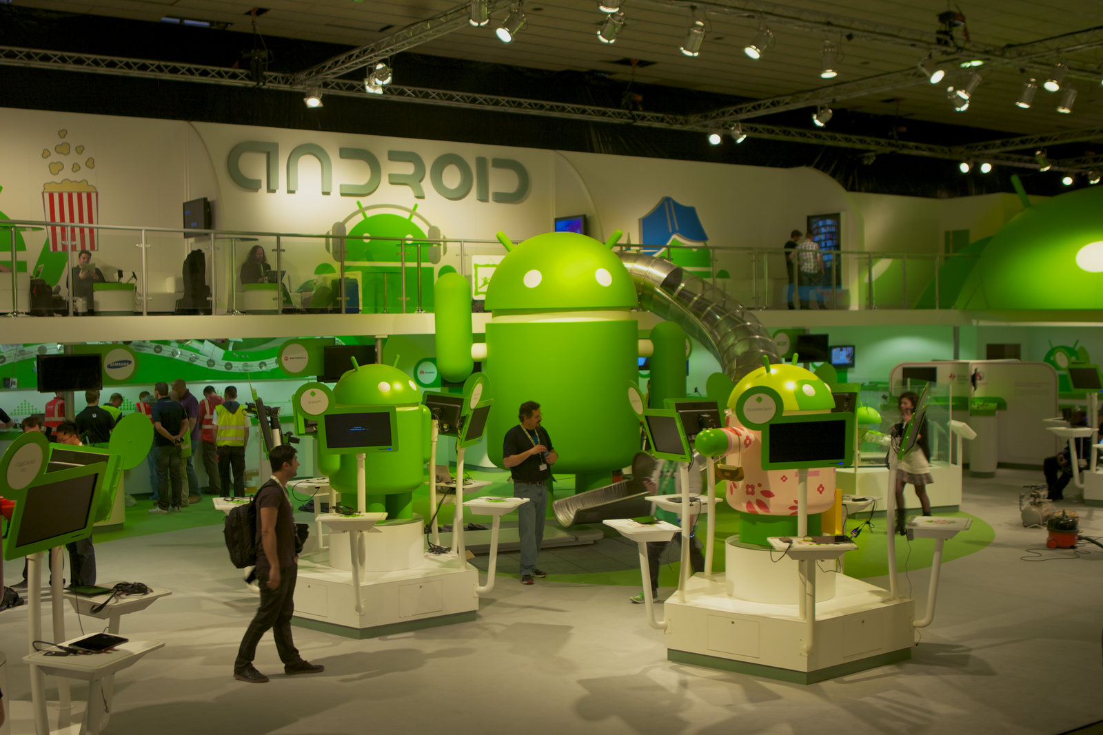Android Reigns at The Mobile World Congress, The Invasion Android