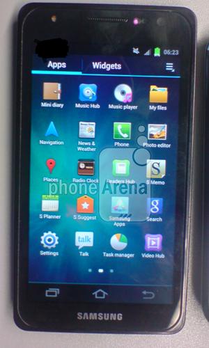 Samsung-GT-i9300_1