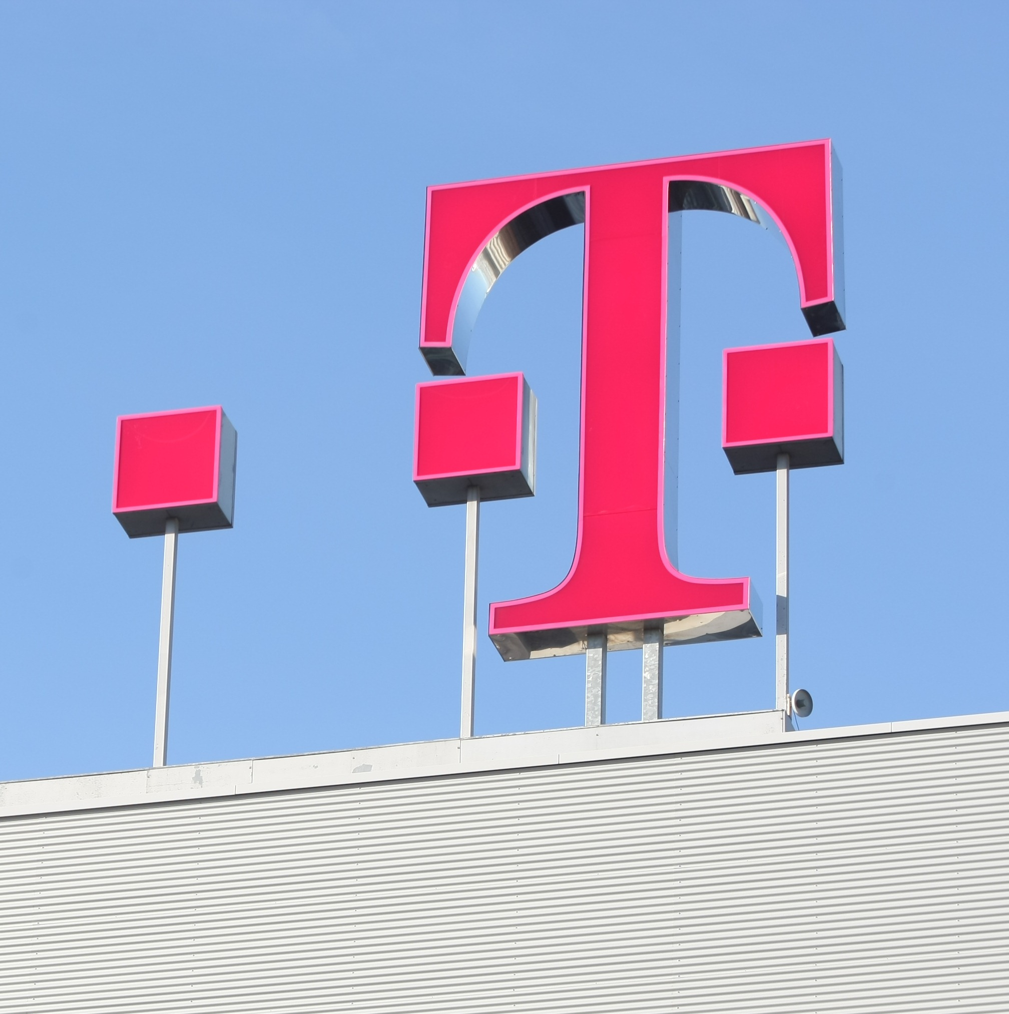 Deutsche Telekom in T-Mobile's Acquisition of MetroPCS