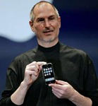 Steve_Jobs_with_an_iPhone