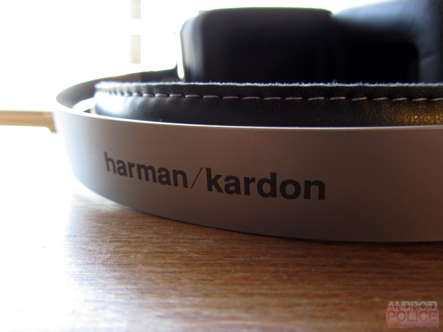 a9a71acf339 Quick Review] Harman Kardon BT Bluetooth Headphones