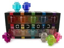 Android_Rainbow_BoxOpen_WithFigures_800__67099.1369952456.1280.1280