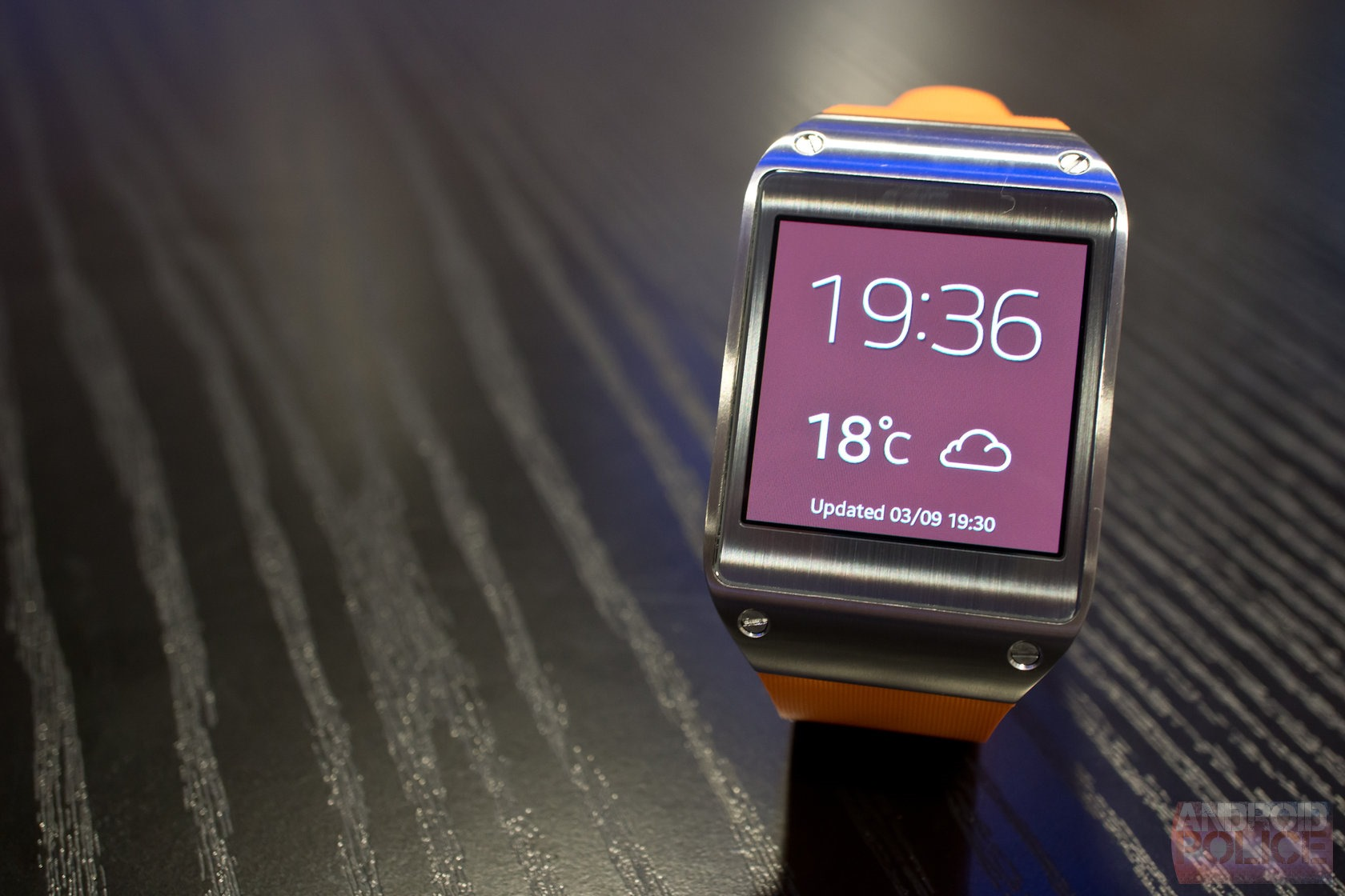 Hands-On (And Video) With The Galaxy Gear At IFA 2013