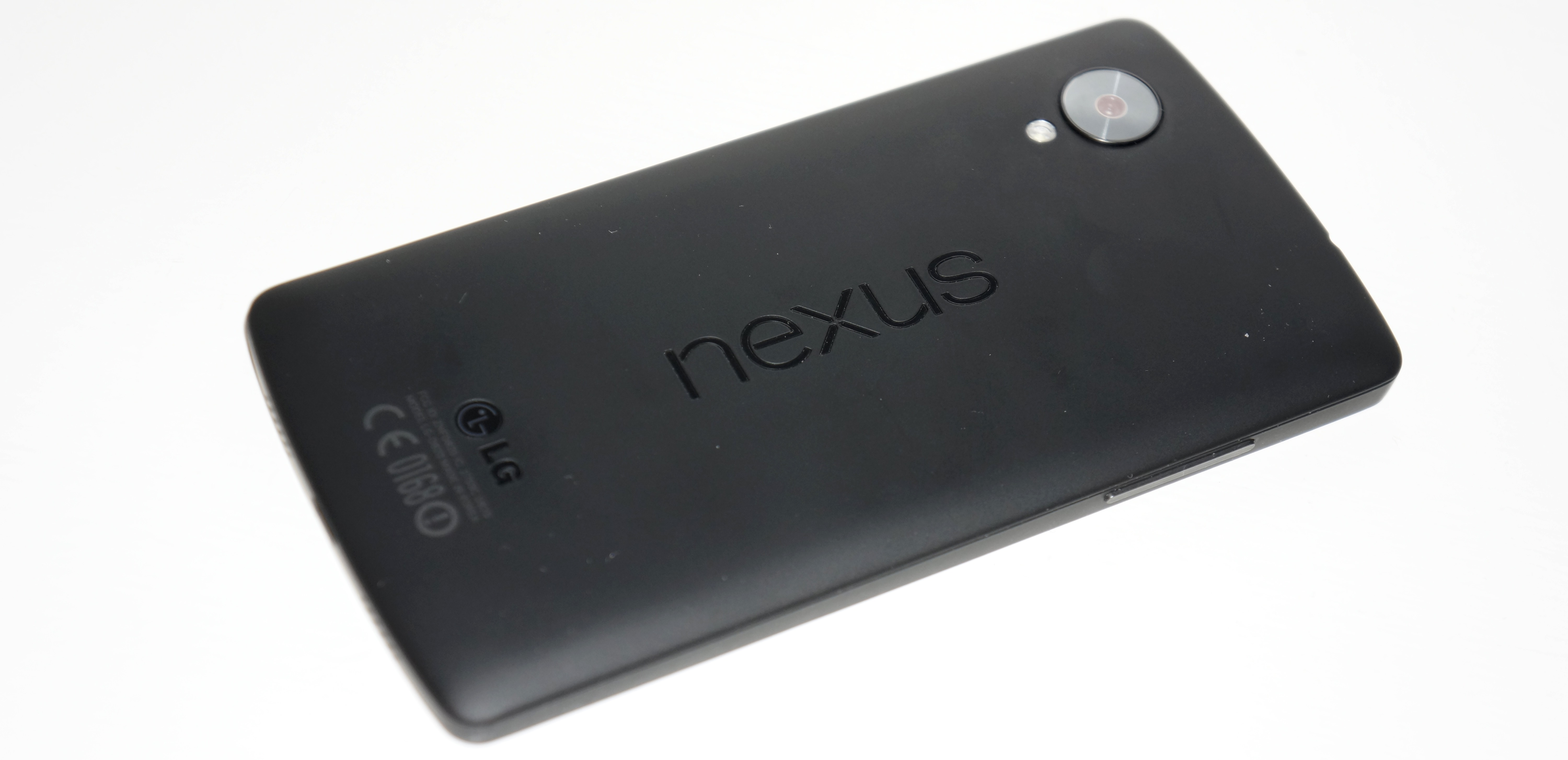 how to take cover off nexus 5