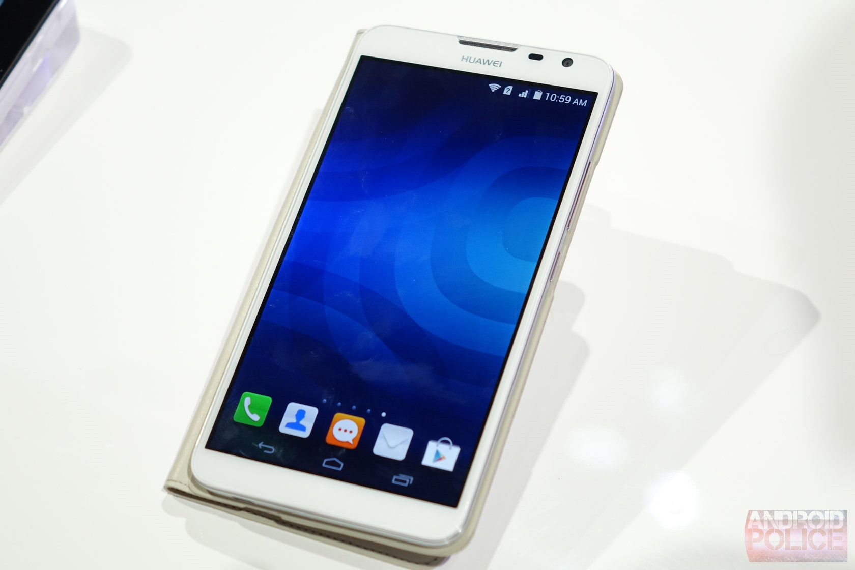 [CES 2014] Hands-On With The Huawei Ascend Mate 2 4G: 6.1 ...