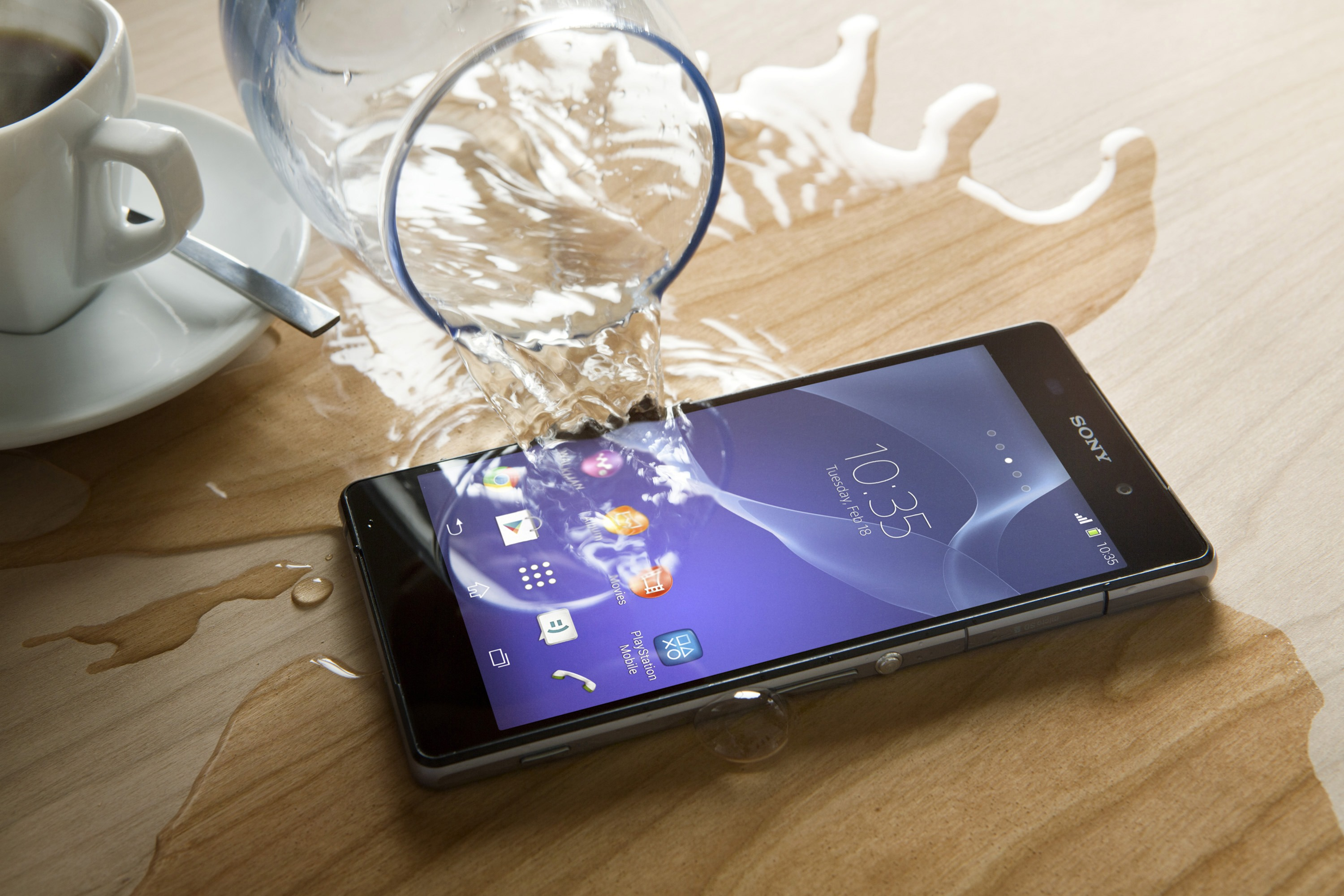 Sony Xperia Devices Claimed to Be Misrepresented as 'Waterproof' in New Lawsuit