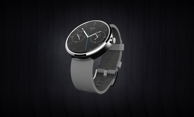 nexusae0_Moto360_Hero_full-view_Leather_RGB