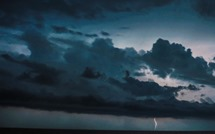 bg_weather_thunderstorms_night