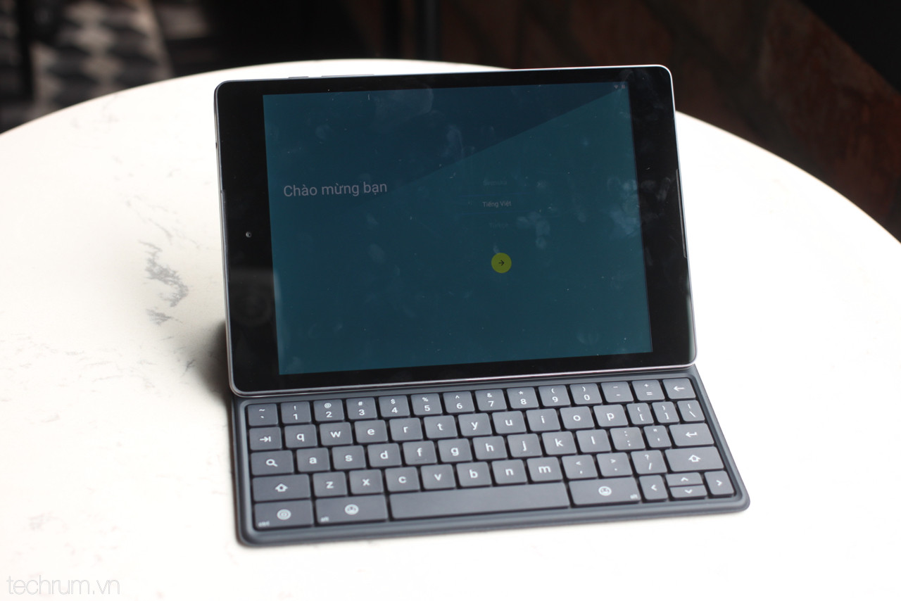 Early look at Nexus 9 and keyboard case | Nexus 9