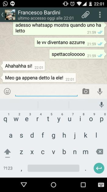 whatsapp blue message icon