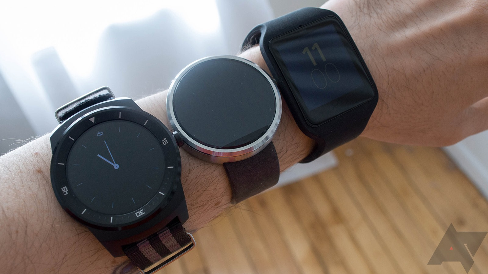 Plugged In Review >> Sony SmartWatch 3 Review: Excellent Battery Life, Acceptable Design