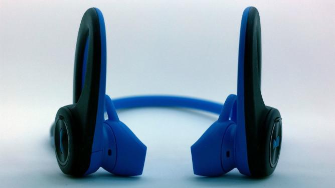 plantronics-backbeat-fit-front