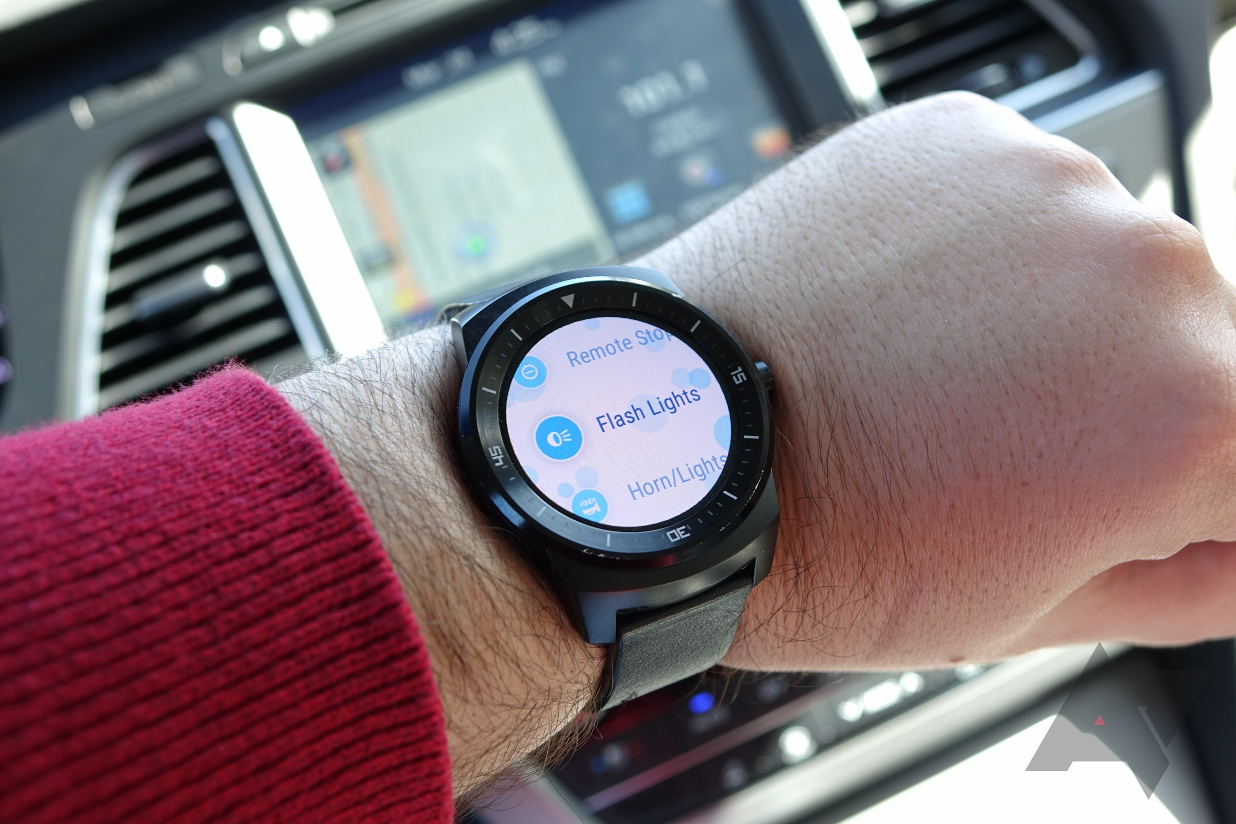 can a smartwatch make your car smarter a week with hyundai 39 s bluelink for android wear. Black Bedroom Furniture Sets. Home Design Ideas