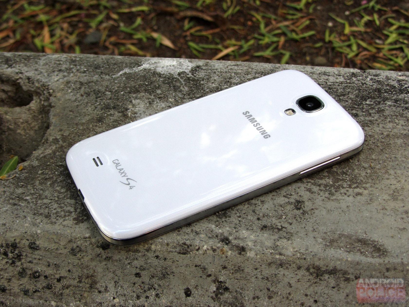 Samsung Galaxy S4 Gets a Little Update