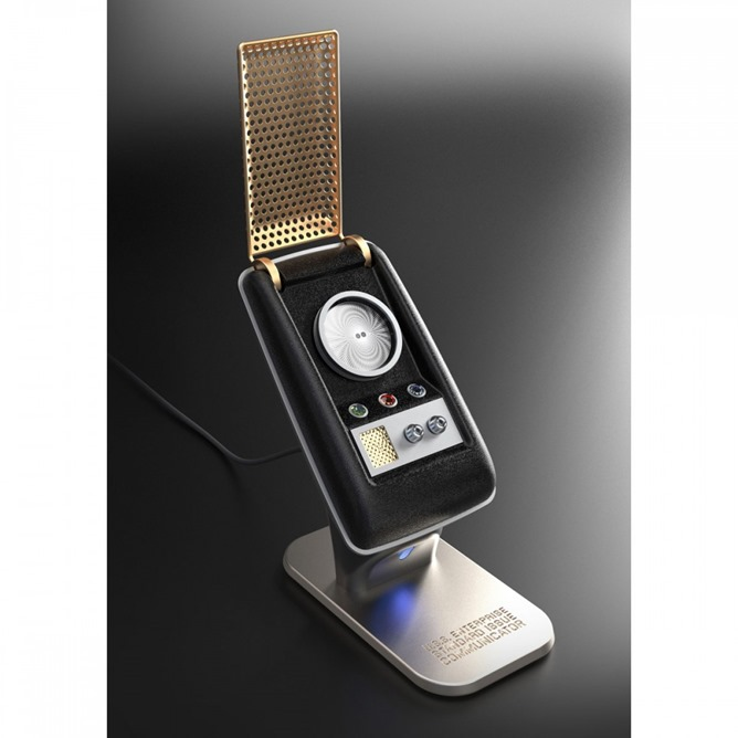 star-trek-the-original-series-communicator-bluetooth-handset_1000