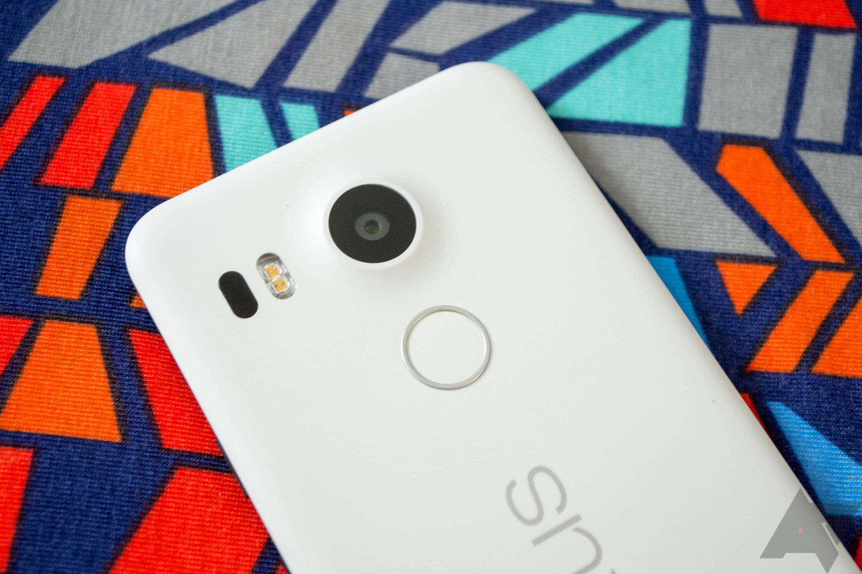 LG Says It Won't Release A Nexus Phone In 2016, But It ...