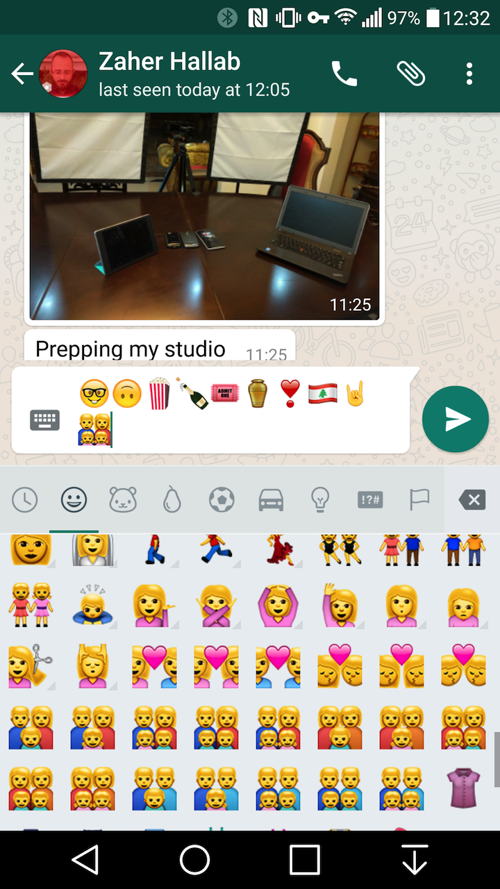 how to add emojis to android