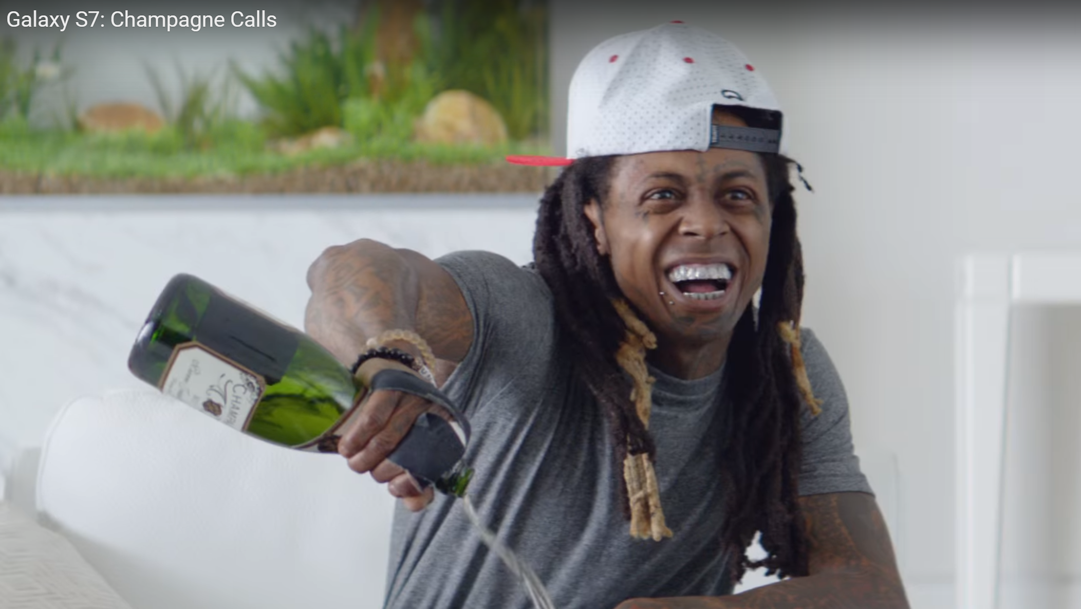 Funny Black Guy On Phone Meme : Actually quite funny] three new samsung galaxy s7 commercials
