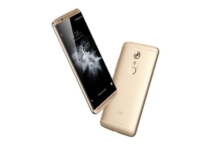ZTE debuts a monster smartphone in the Axon 7