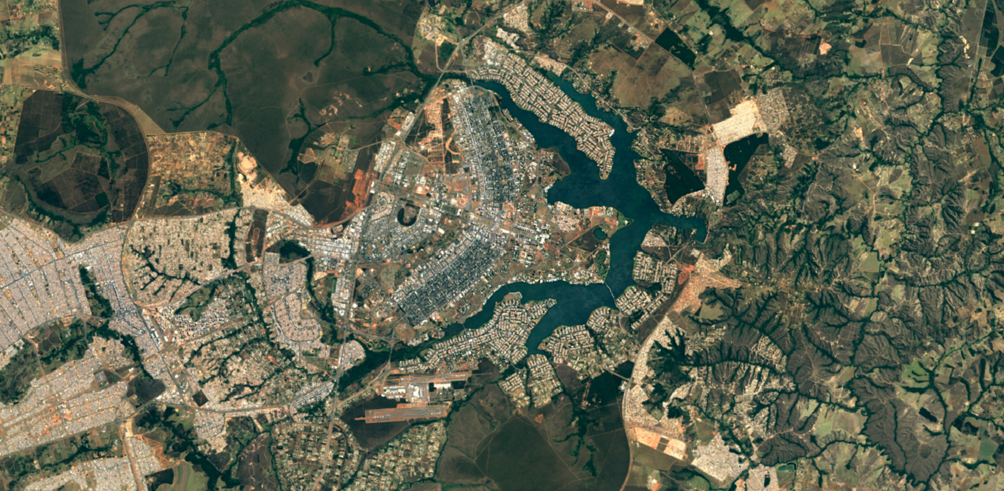 Google Releases Sharper Satellite Images In Google Earth And Maps - Google earth satellite map
