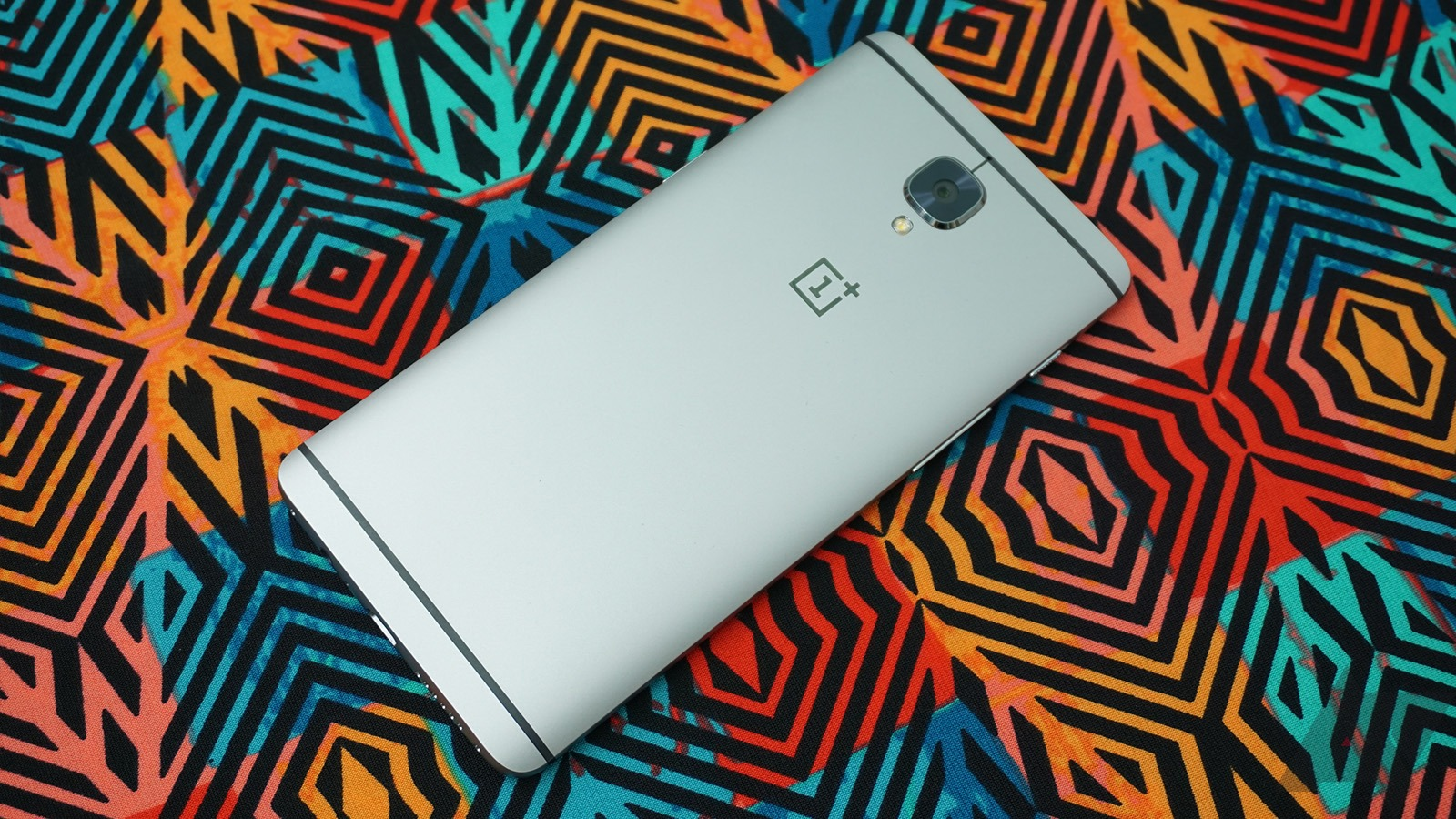 OnePlus 3/3T Open Beta adds face unlock, Switch app, and more