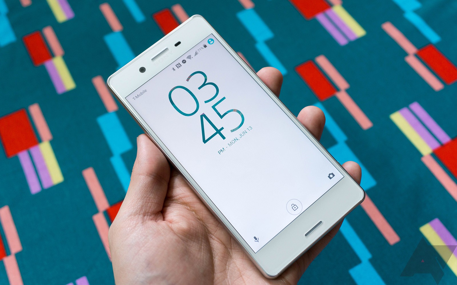 Android 8.0 Oreo rolling out to Sony Xperia X and X Compact