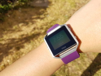 fitbit-blaze-direct-sunlight-1