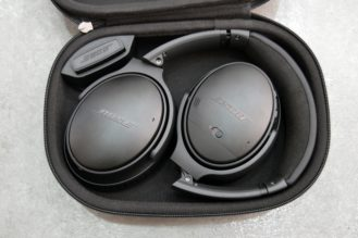 bose-qc35-case-3