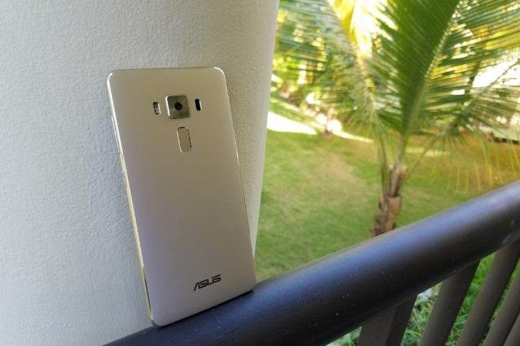 Asus ZenFone 3 Deluxe Now Getting Android 7.0 Nougat In The US