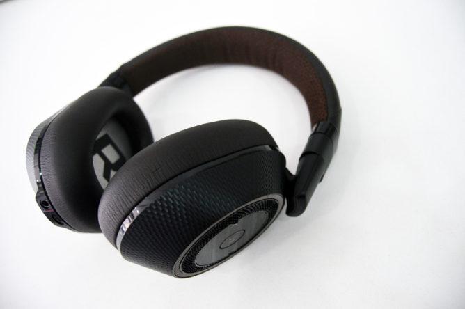 plantronics-backbeat-pro2-headset-2