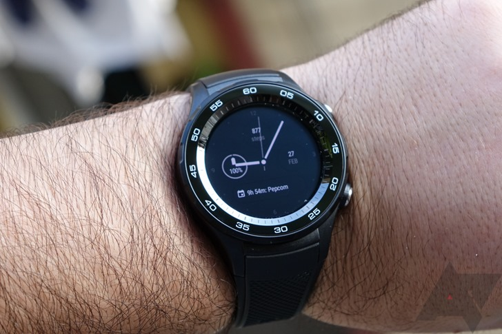 Hands-on with the 4G-enabled Android Wear 2 smartwatch