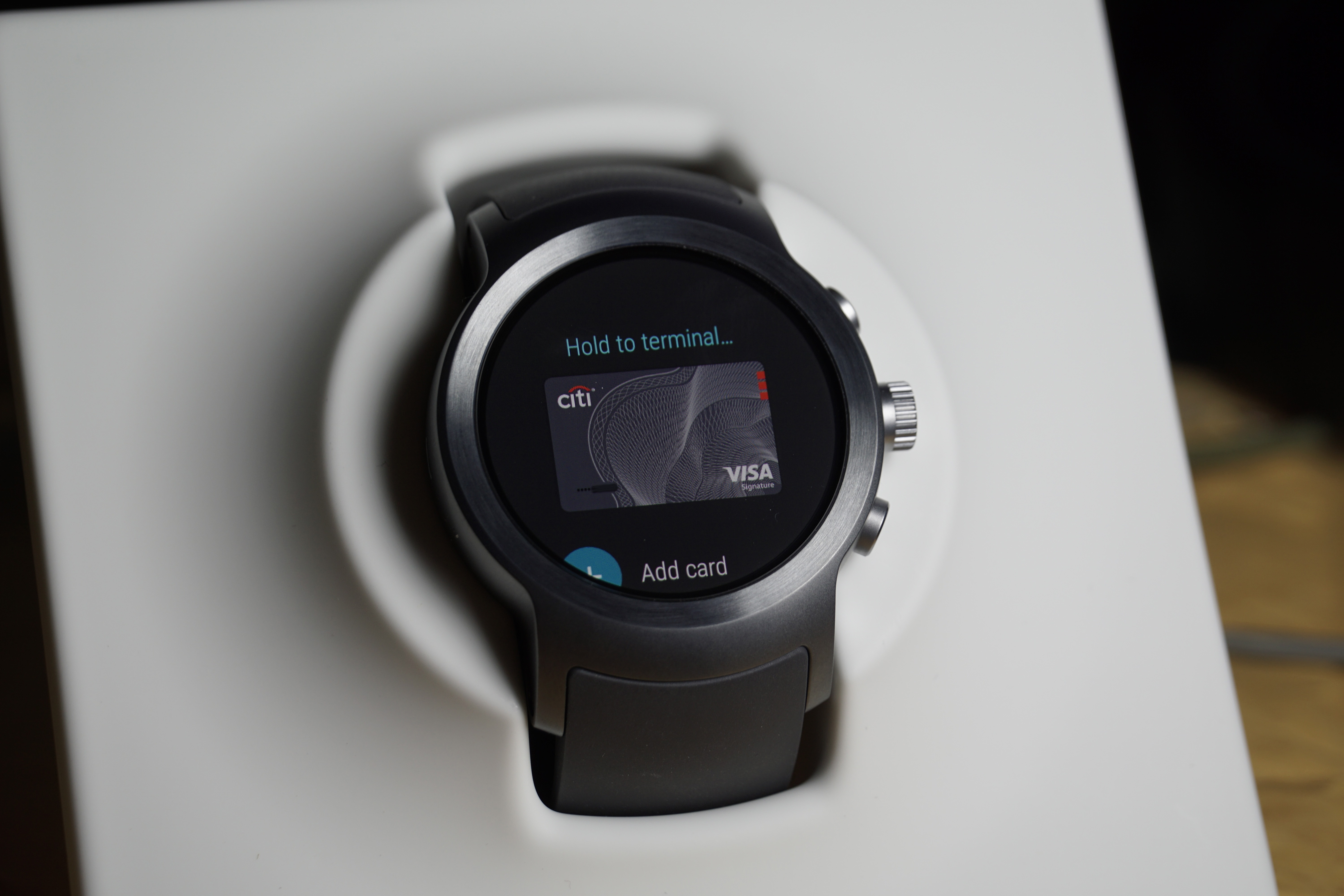 Android Pay for Wear smartwatches doesn't work if your phone has an