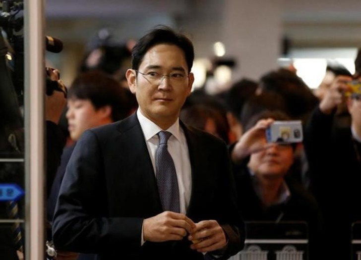 Samsung's leader has been arrested on corruption charges