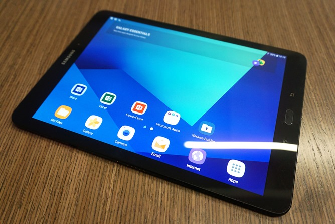 Hands-on] Samsung announces its latest premium Android