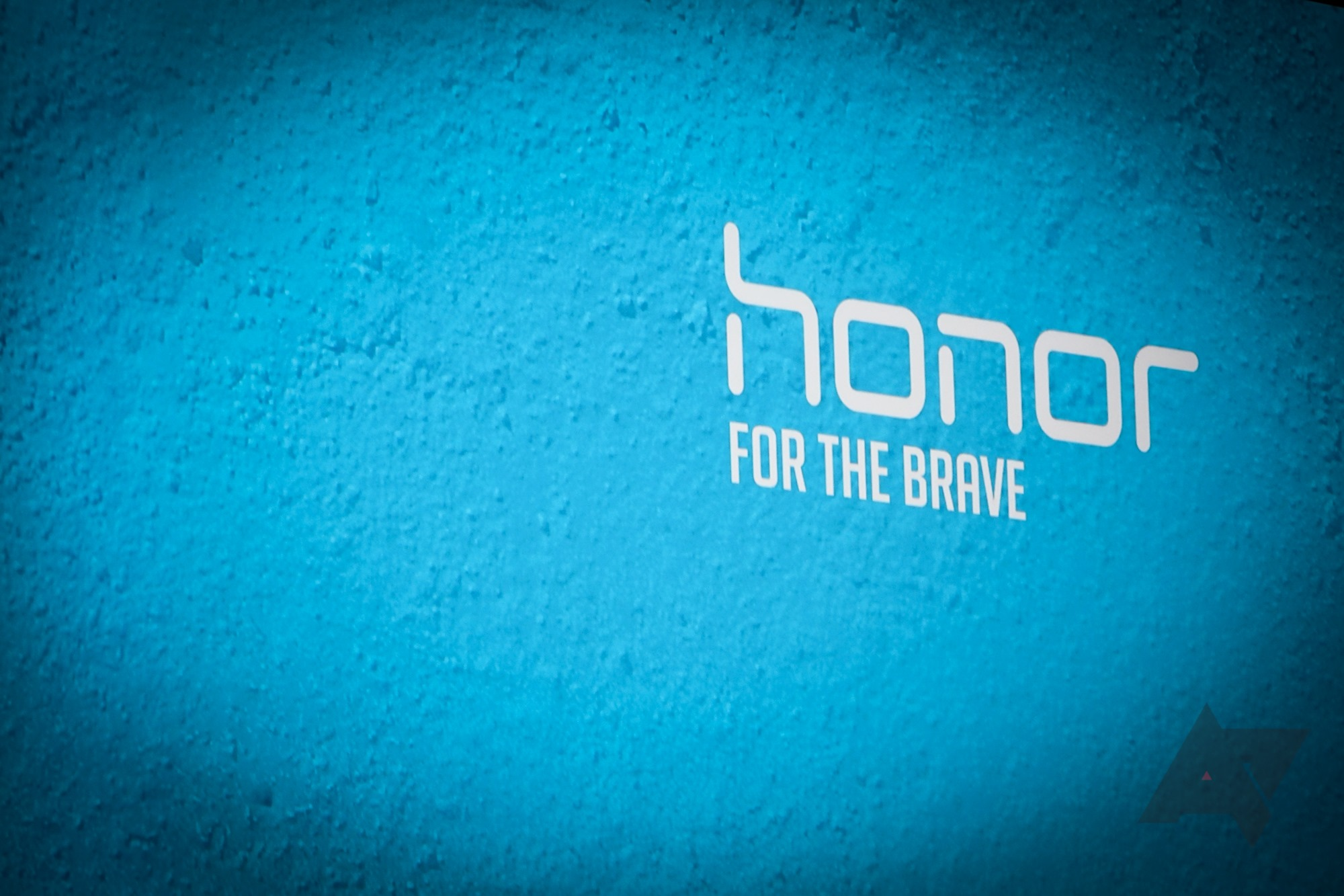 Huawei's Honor brand sends US customers bizarre email about