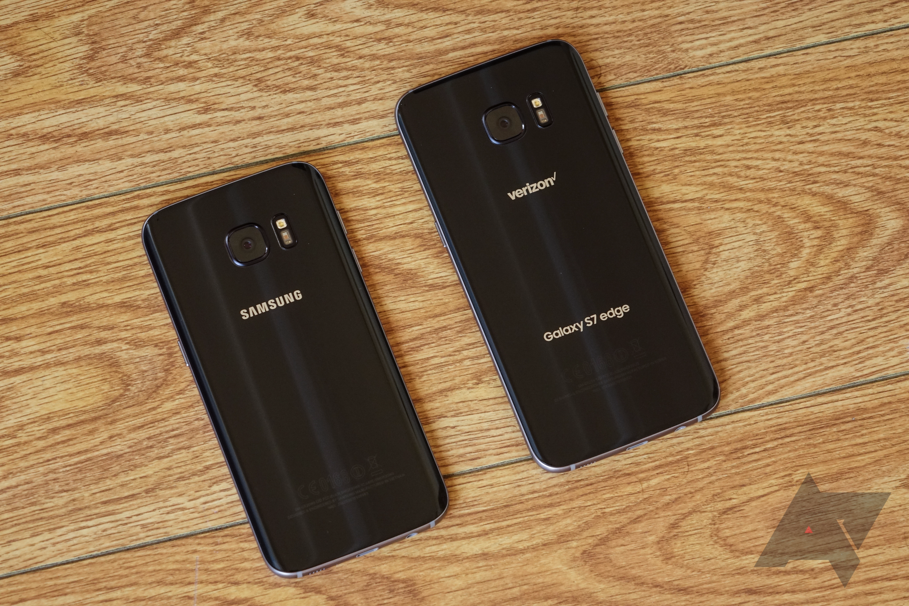 Verizon's Galaxy S7 and S7 edge are now receiving their official Nougat  updates