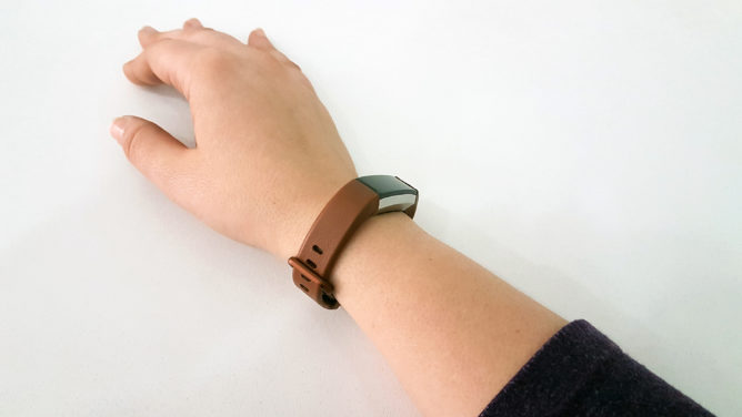 Fitbit Alta HR review: Compromising features for a slim profile and