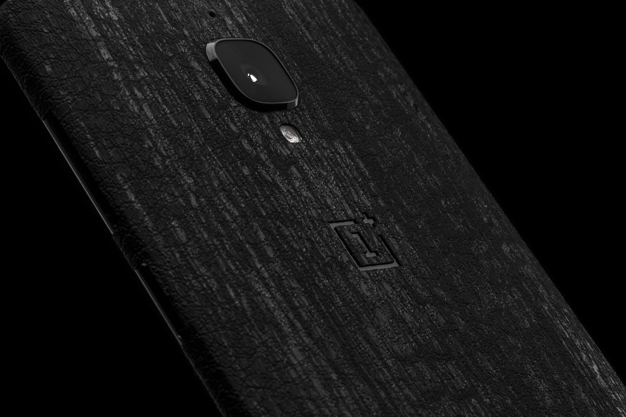Dbrand Debuts Grippy New Black Dragon Skin Offers 20 Off