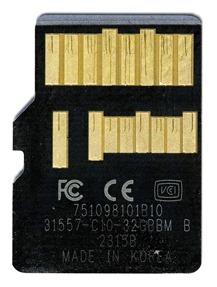 white background UHS-II microSD