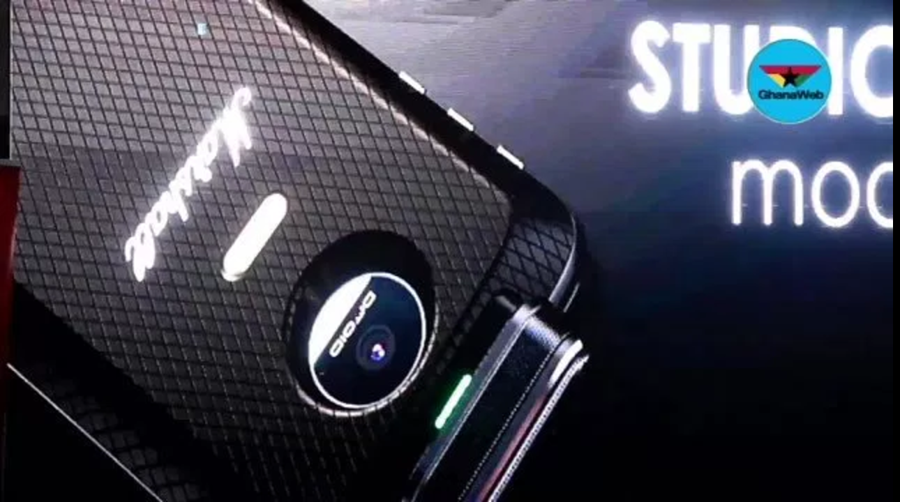 Six new Moto Mod concepts announced, including DSLR lens