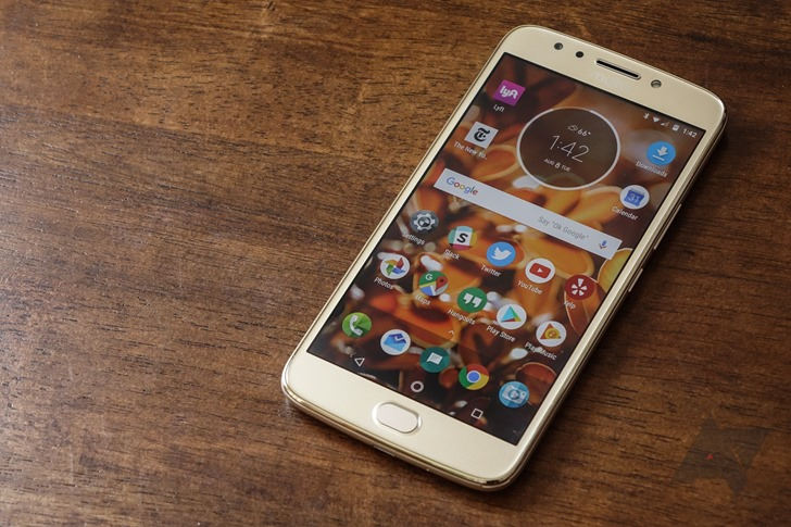 moto e4 plus review dangerously close to the perfect budget phone. Black Bedroom Furniture Sets. Home Design Ideas