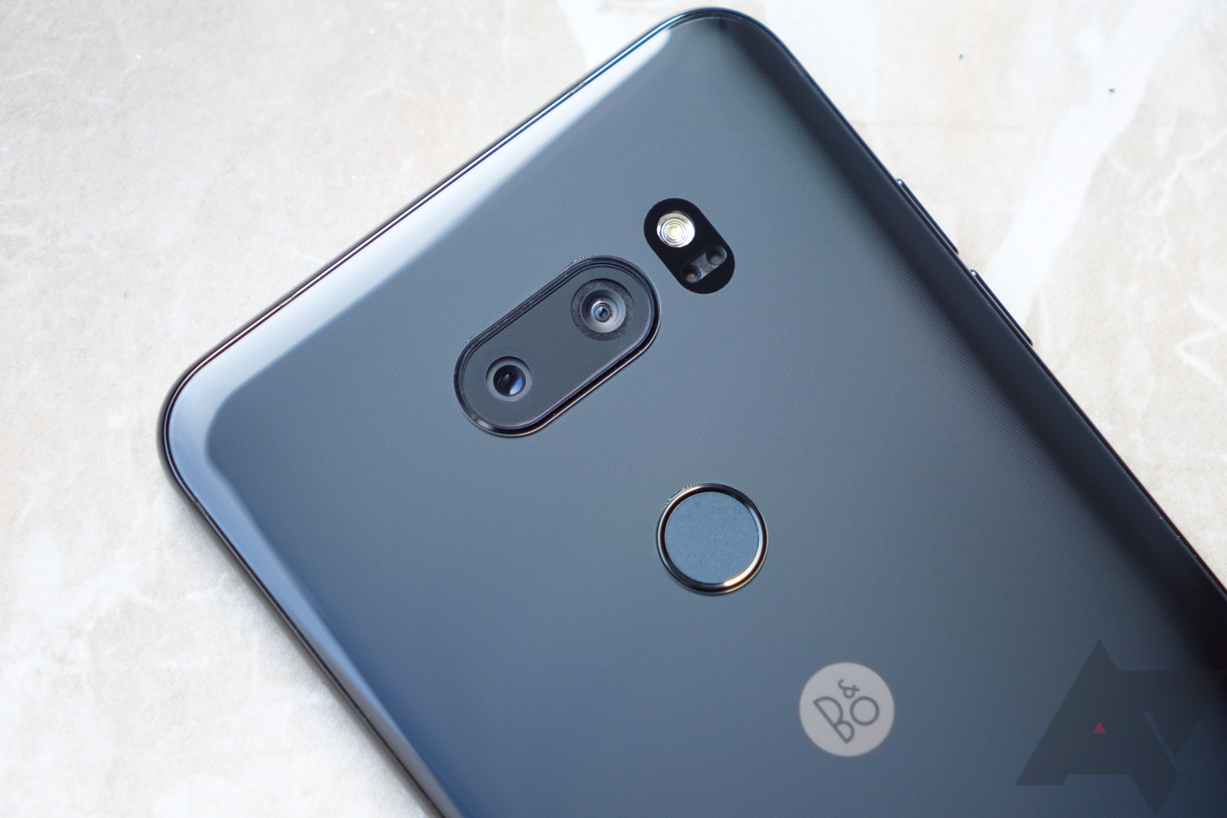 Update: Promo is live] LG V30 will launch in the US soon