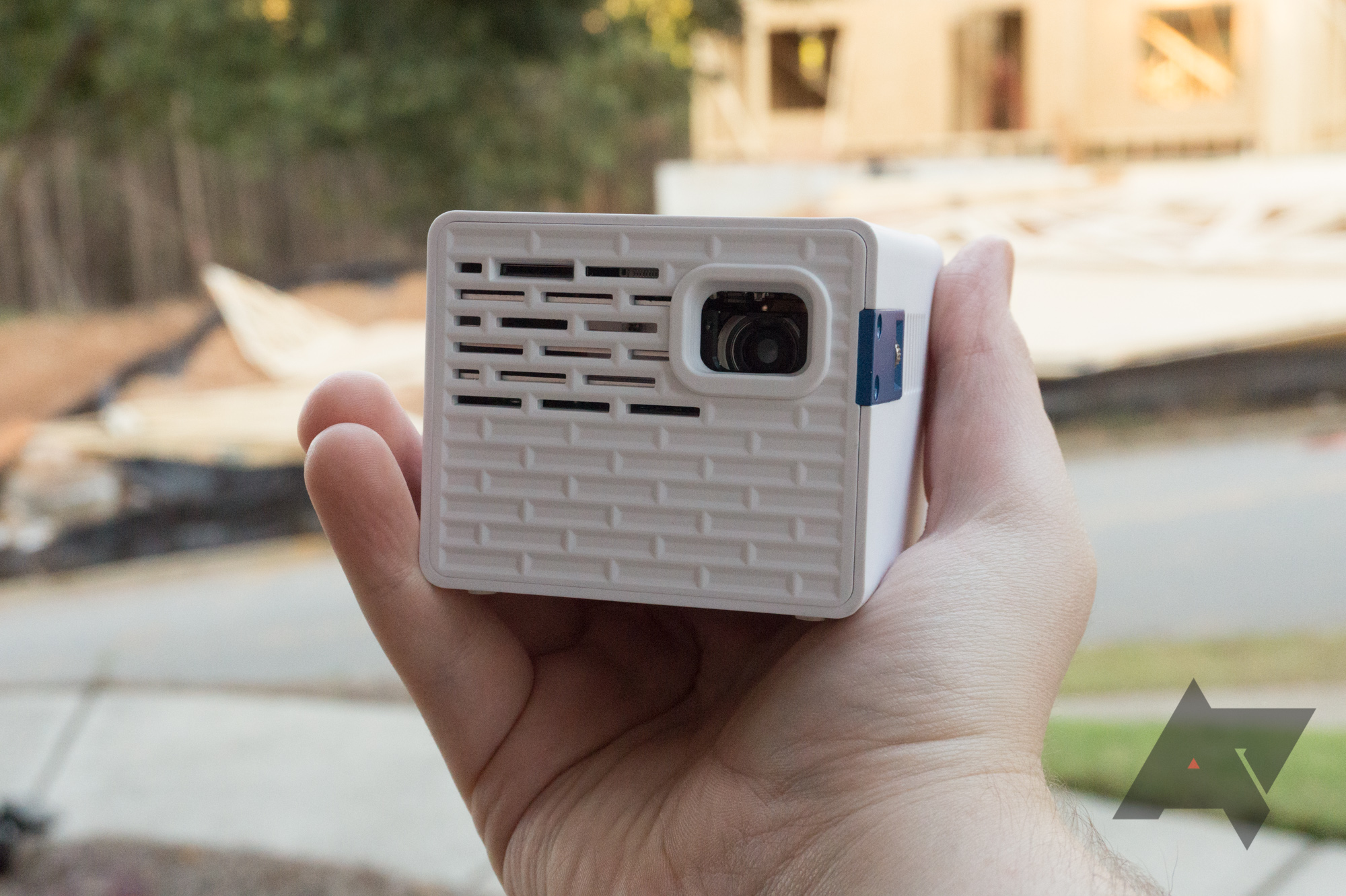 AAXA P2-A portable smart projector review: Too many compromises