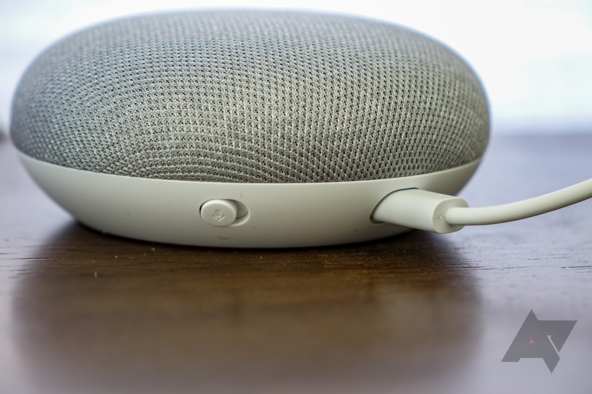 Google Nest Mini leaks: Headphone jack, wall mount