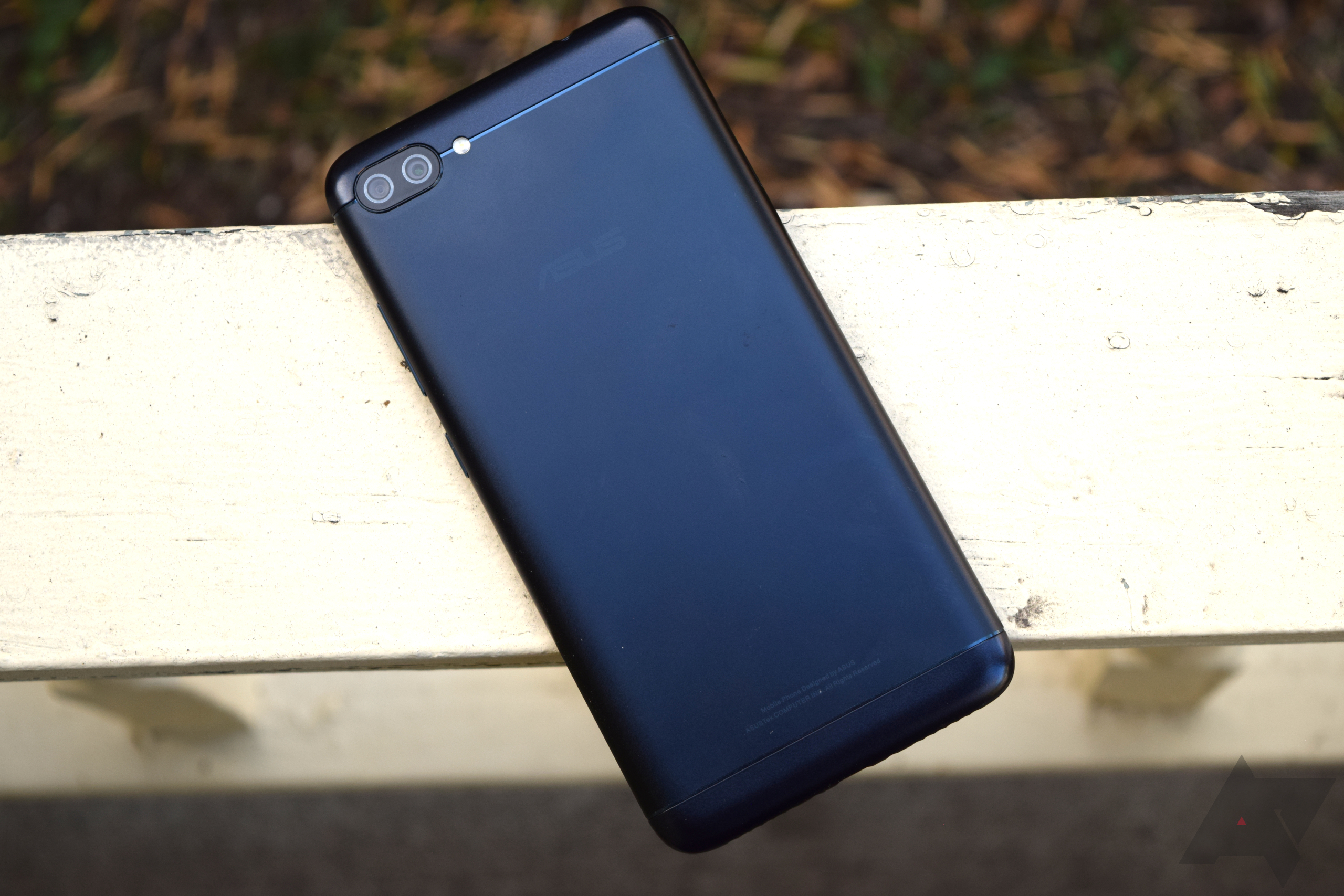 Asus Zenfone 4 Max Review Not A Shining Example Of Good Budget Phone Lcd Touchscreen 6 Original Just Announced Its Family Devices Couple Months Ago Creating Convoluted And Confusing Portfolio To Kick Things Off