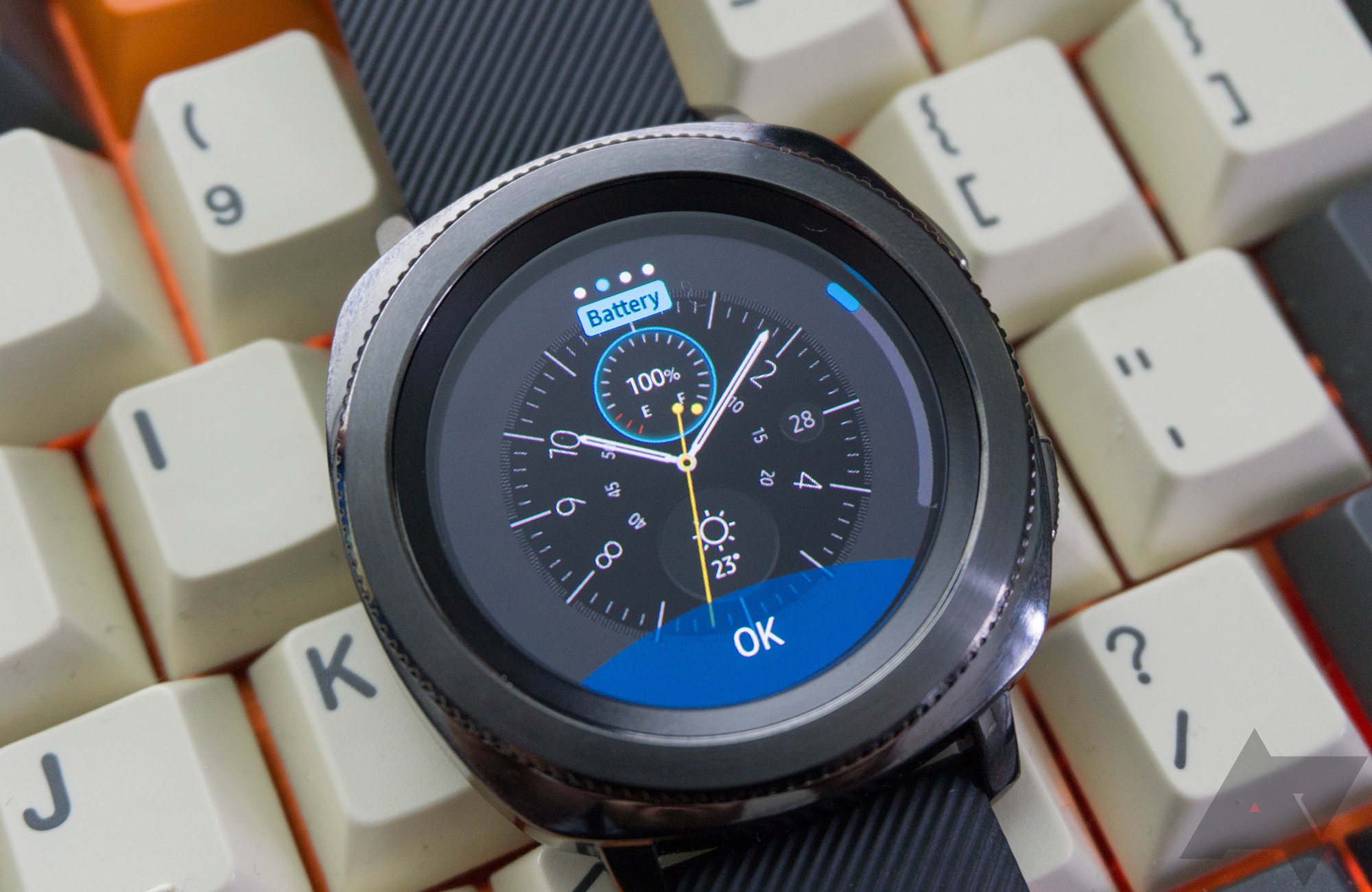 Samsung gear sport review a smartwatch regular people might actually buy for Watches gear