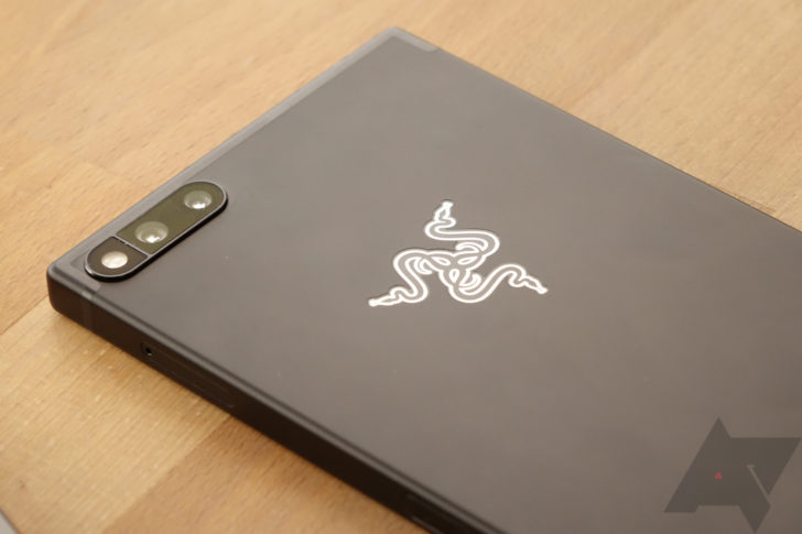 Razer Phone will get updates to improve its lacklustre camera