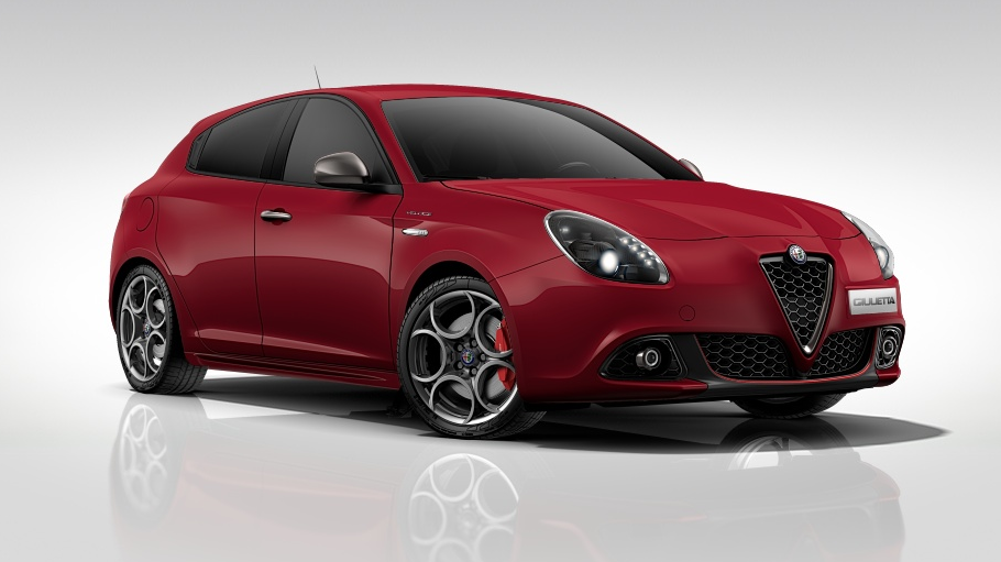android auto is now available on some alfa romeo models as well as one more fiat and two head. Black Bedroom Furniture Sets. Home Design Ideas
